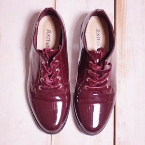 Justfab Red Wine Laced Oxford Loafers Size 8.5